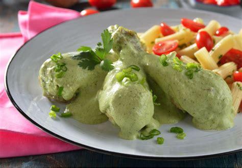 cocina pollo en salsa receta de pollo en salsa de cilantro cocinadelirante