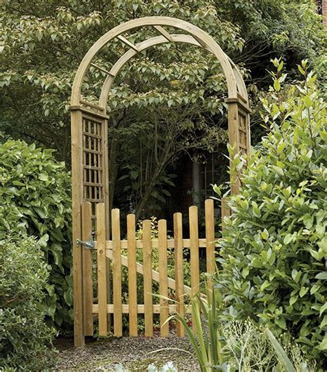 Garden Arch With Gate Uk Etrance To Garden Gates Garden Arch With Gate This Is It