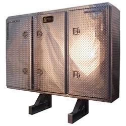 3 door enclosed headache rack w plate doors 4