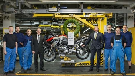 Bmw Motorcycle Berlin Plant by Bmw Plant Berlin Manufactures 500 000th Gs Boxer