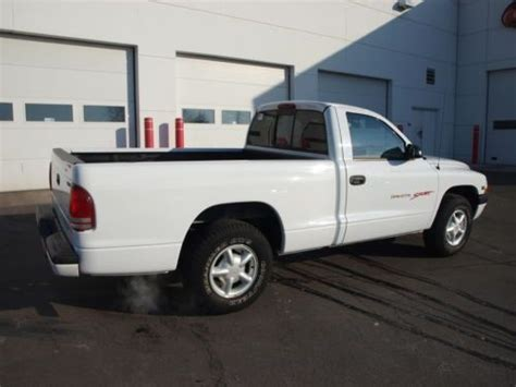 purchase used dakota 1998 dodge sport white 3 9 v6 manual