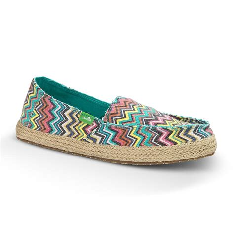 sanuk womens funky fiona casual shoes d d outfitters