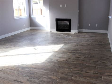 Which Flooring Is Best For Living Room - living rooms best hardwood flooring tile