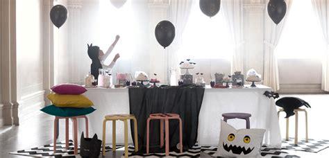 decorar escobas para halloween c 243 mo decorar el sal 243 n para halloween