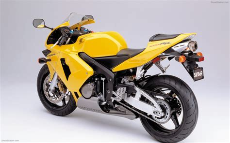 cbr 600 bike honda cbr 600 rr 2003 widescreen bike photo 05