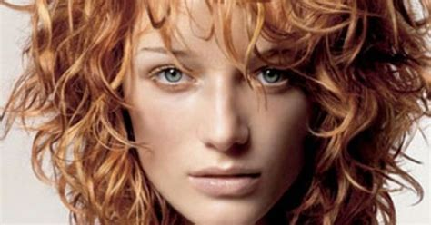 triangle bangs styles 21 stylish haircuts for curly hair triangle hair bangs