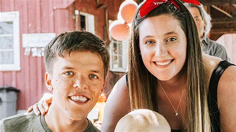 zach hollywood news zach tori roloff s son jackson injures his arm is he