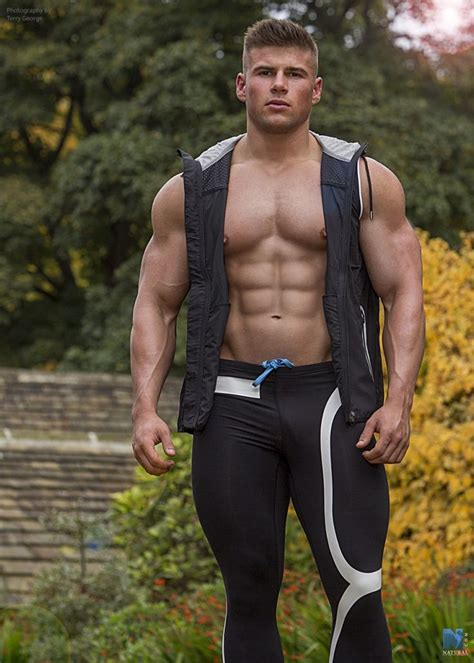 muscly men with soul 187 988 best p images on pinterest anatomy asian guys and