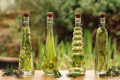Minyak Atsiri Bunga Mawar tips aromaterapi mengulik serba serbi minyak atsiri