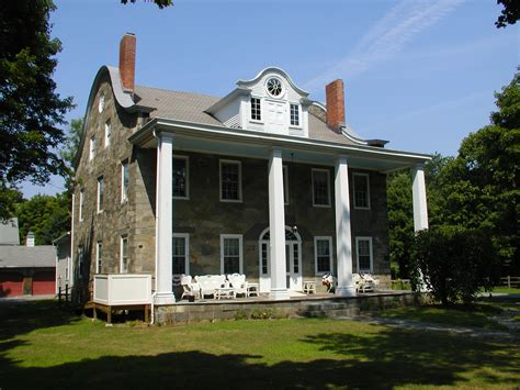 hearthside lincoln ri community and commercial heritage restoration inc
