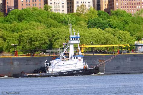 tugboat work tugboat at work by edlp2k on deviantart