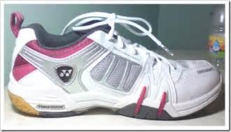 Sepatu Badminton Buat Lari november 2008 dari ishak sebuah catatan