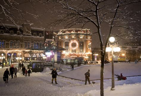 canada christmas lights will it be a white in your town canada