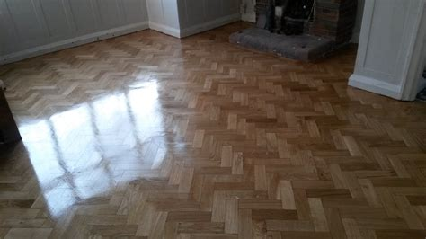 Reclaimed Parquet Fitting Service  London Floor