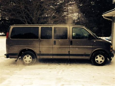 gmc savana 1500 passenger find used gmc savana 1500 8 passenger in