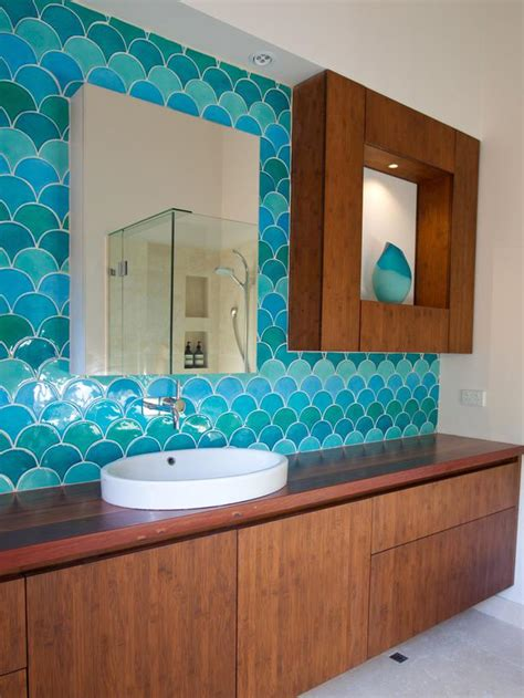 10 Amazing Bathroom Tiles