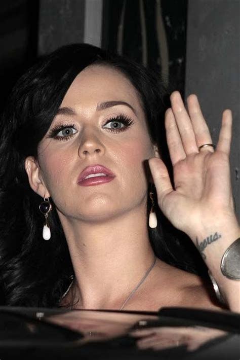 katy perry life biography imma24 katy s perry biography