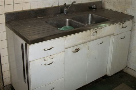 old sinks for sale 25 vintage kitchen sinks for sale house decor ideas