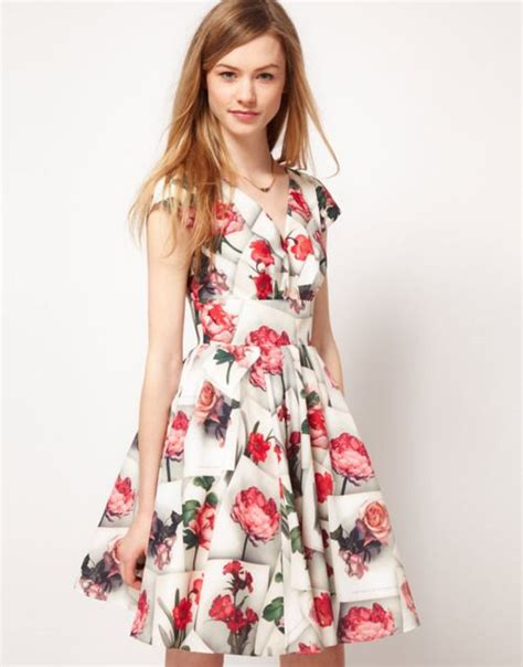 imagenes de niños vestidos ala moda vestidos floreados de moda para quincea 241 eras
