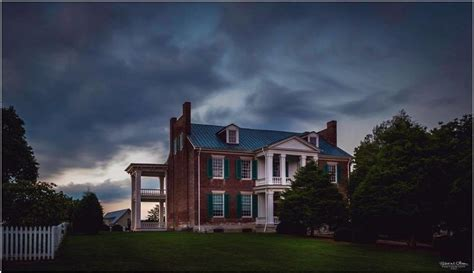 haunted houses in nashville tn these 8 haunted places in tennessee as in really haunted are totally creepy