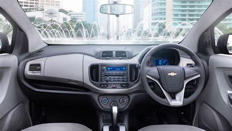 Kas Rem Mobil Spin Perbandingan Suzuki Ertiga Toyota Avanza Dan Chevrolet