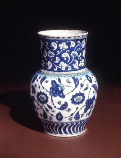 Ottoman Pottery Vase Ottoman Dynasty 16thc Late Iznik Iznik Ceramic Tiles And Pottery