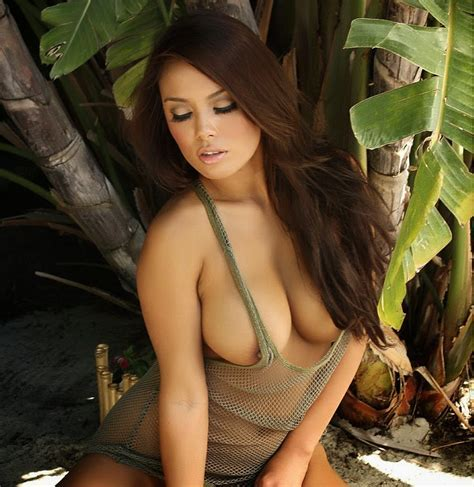 Nude Girl Ethical Big Tits Naked In The Sand
