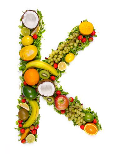 alimenti contengono la vitamina k vitamina k negli alimenti