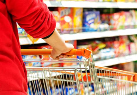 Shopping Budget Finds by 10 Expert Tips To Grocery Shopping On A Budget Health