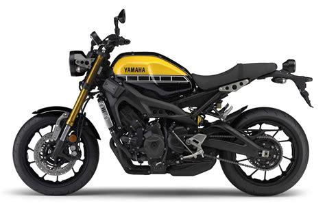 motor motor yamaha yamaha xsr900 adds to yamaha s sport heritage range