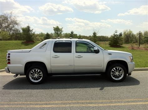 2012 chevrolet avalanche 2012 chevrolet avalanche pictures cargurus