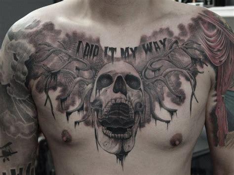 brust totenkopf tattoo von art faktors