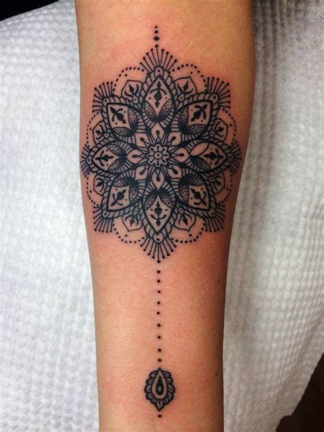 mandala tattoo long 10 best images about cuarto on pinterest ribs long hair