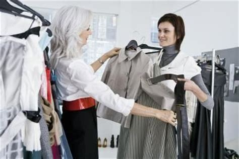 Personal Wardrobe Consultant what does an image consultant do