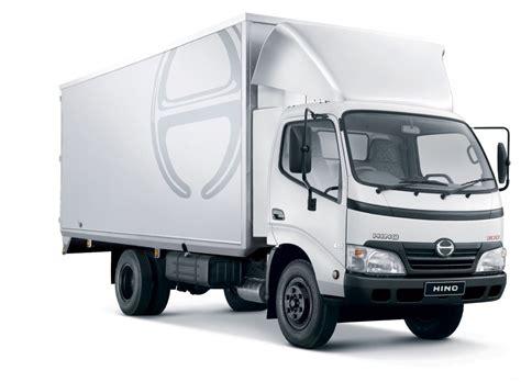 toyota trucks sa hino sa sells record 455 trucks in august 2014 fleetwatch