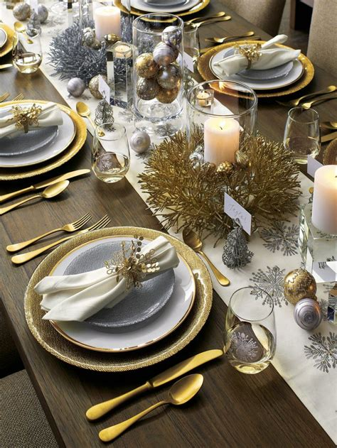 christmas dinner table settings cheerful christmas dinner table setup setting ideas set up