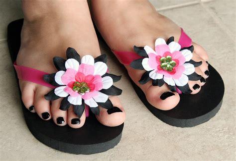 Flip Flop Flowers bobunny flower flip flops