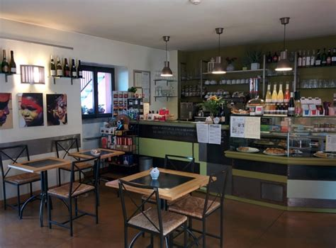 caffetteria libreria libreria e caffetteria come vuole il caff 232 con un