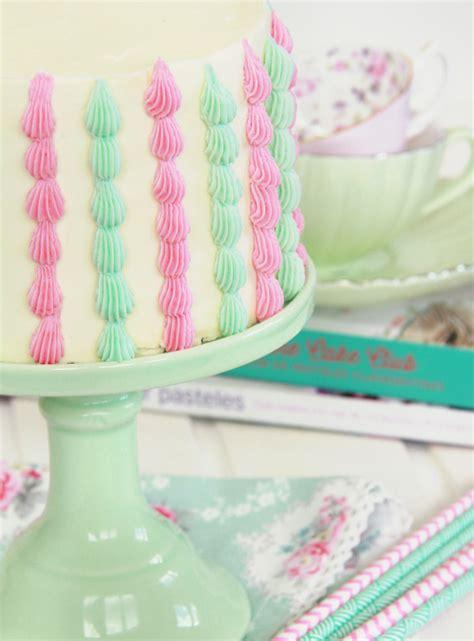 una tarta sencillsima de hacer con colores muy primaverales c 243 mo hacer una tarta de l 225 grimas paso a paso