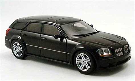 Black Spark dodge magnum 2006 magnum srt black spark diecast model car
