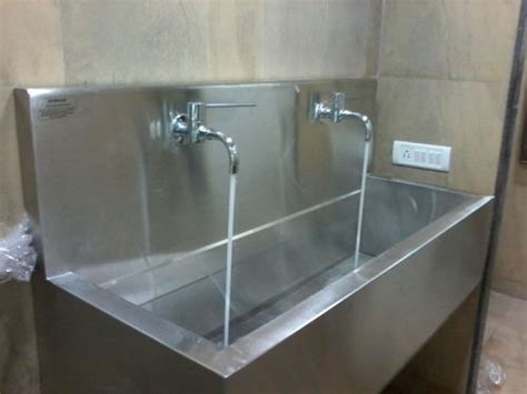 wall mounted ss sink stainless steel scrub sink wall mounted 2 bay scrub sink
