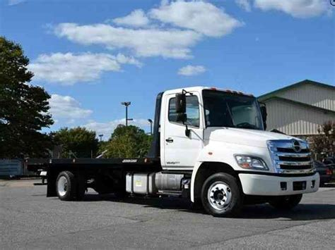 flat bed tow truck hino rollback 2011 flatbeds rollbacks