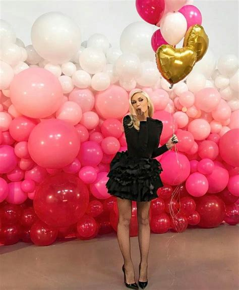 Wedding Backdrop Balloons by Best 25 Balloon Backdrop Ideas On Streamer