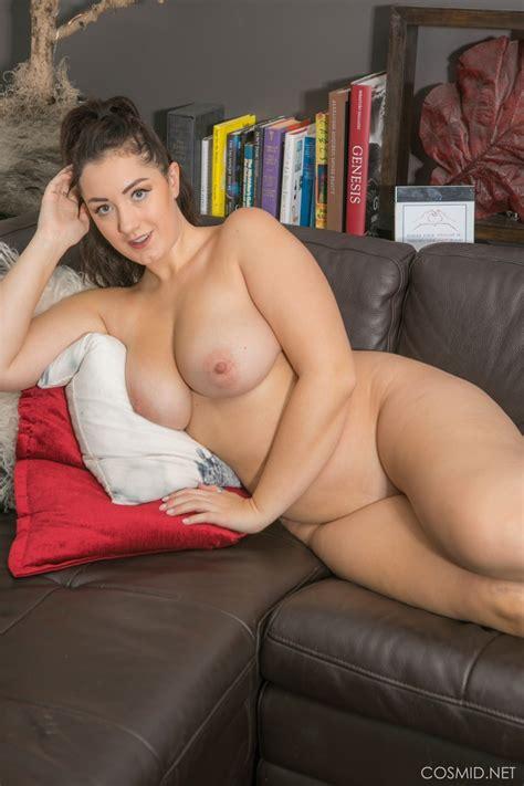 curvy newcomer lexi lloyd strips for cosmid big boobs alert