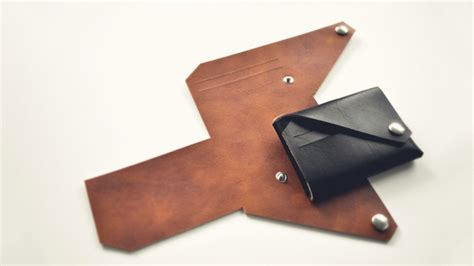 leather goods pattern lemur leather goods