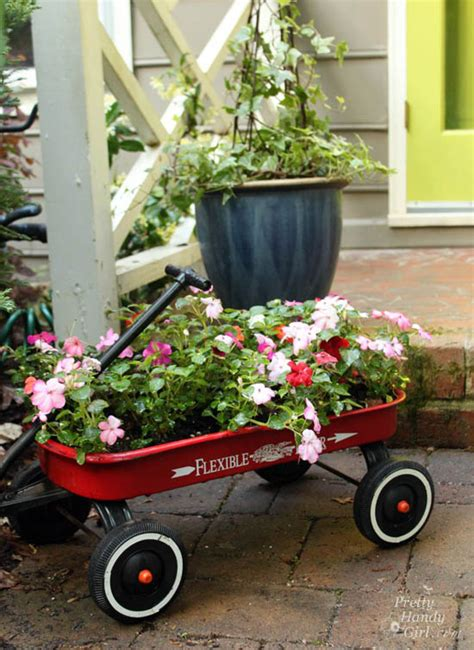 Wagon Planters by Landscaping 101 Tools Planting And Adding Color