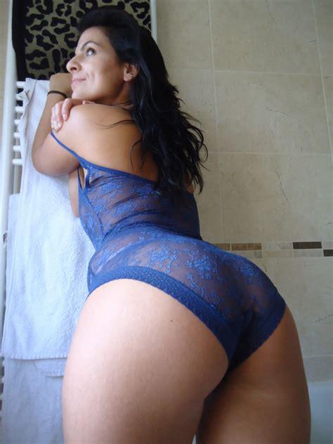 amateur latinas bending over cheek bend over spread ass cheeks hot girls wallpaper