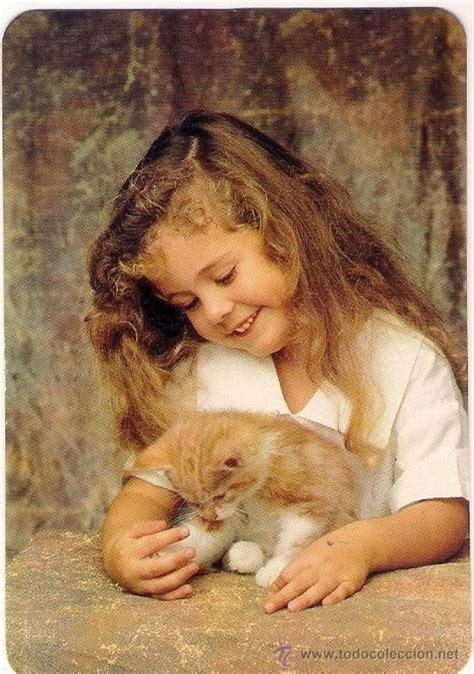 imagenes artisticas de gatos ni 241 a de un a 241 o rubia ni 241 as con gato pinterest rubias