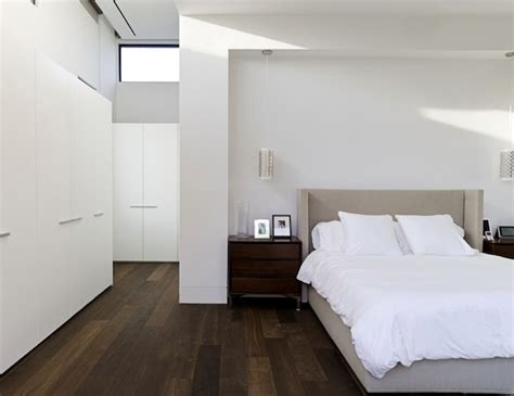 Hardwood Floor Bedroom Light Or Wood Flooring Which One Suits Your Home