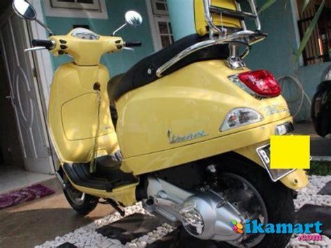 Modifikasi Vespa Tangerang by Jual Vespa Lx 125 Kuning 2012 Motor